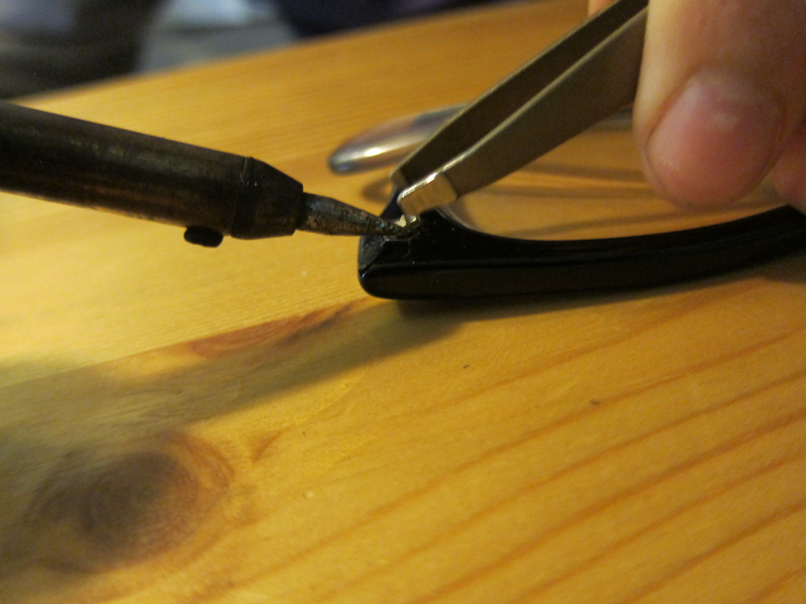 23918cc2c274 Replacing hinge in plastic-framed glasses :: the reality tunnel